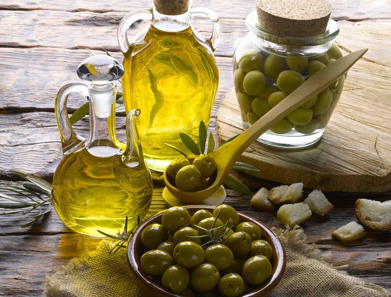 Cho mi dài cong vút với mẹo dưỡng mi từ tinh dầu tự nhiên 5