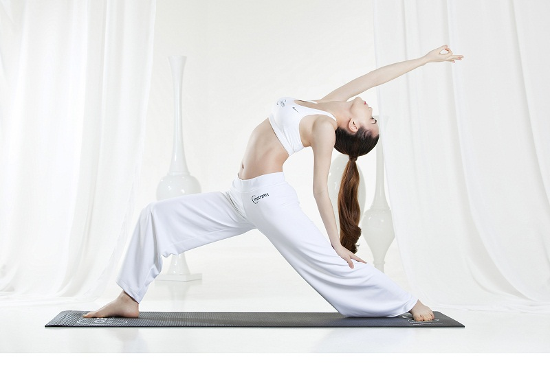 Những lý do thuyết phục để bạn đẹp hơn mỗi ngày nhờ yoga 8