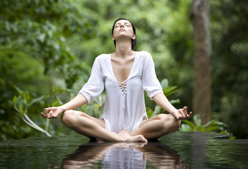 Những lý do thuyết phục để bạn đẹp hơn mỗi ngày nhờ yoga 9