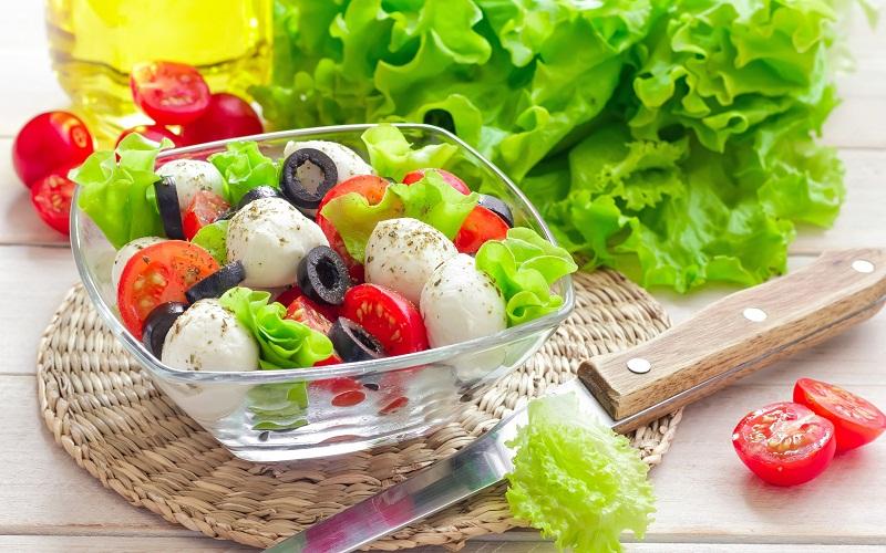 Những thói quen ăn uống khiến bạn vô tình phá hỏng vóc dáng thon gọn 2