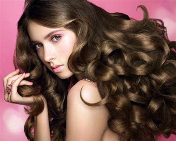 bí quyết chăm sóc tóc trong ngày hè 4