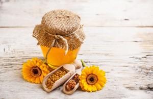 chữa bệnh đau dạ dày tại nhà bằng nghệ với mật ong
