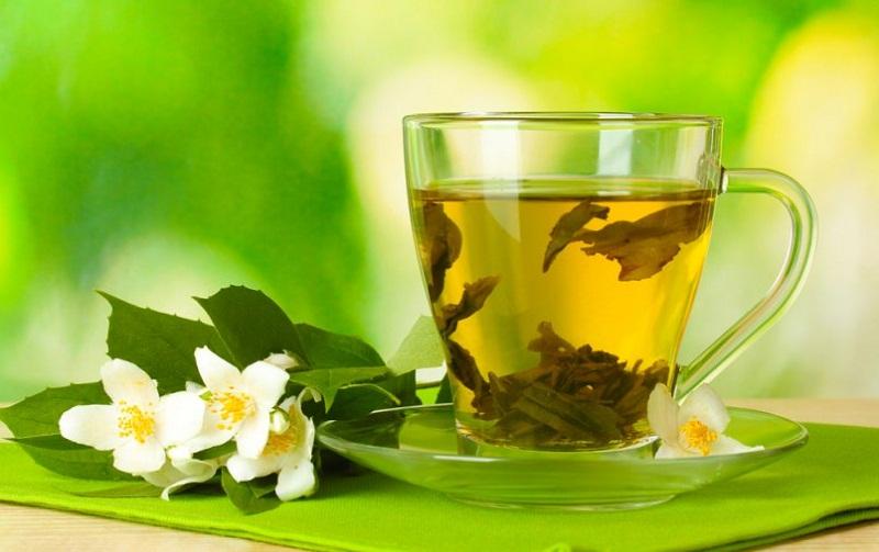 Những lợi ích tuyệt vời bạn nhận được từ việc uống trà xanh mỗi ngày 4
