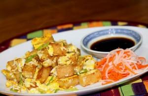 những món ăn vặt vừa rẻ vừa ngon làm giới trẻ mê mẫn ở Sài Gòn