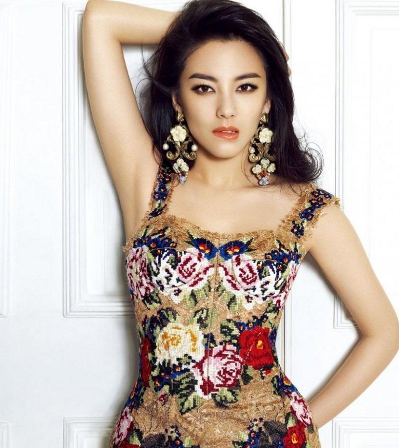 khám phá style thời trang sành điệu của Trương Vũ Kỳ 10