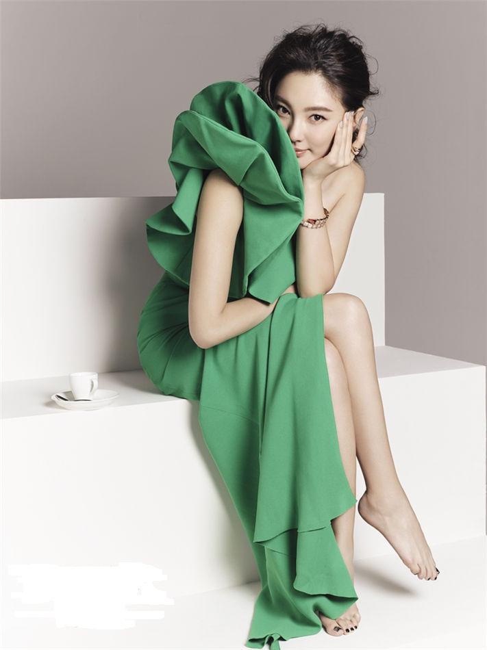 khám phá style thời trang sành điệu của Trương Vũ Kỳ 2