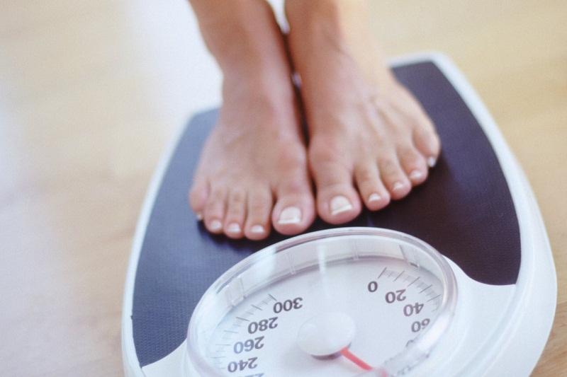 Bạn có biết phụ nữ béo phì dễ mắc bệnh thoái hóa khớp gối 5