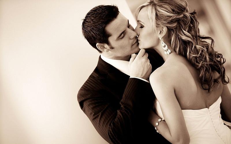 Bạn có tin không hôn 3 lần trong ngày có thể giúp bạn giảm béo hiệu quả 2