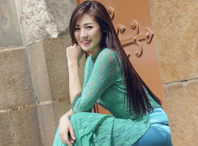 Chiêm ngưỡng những mỹ nhân Việt diện áo dài đẹp tuyệt vời 1
