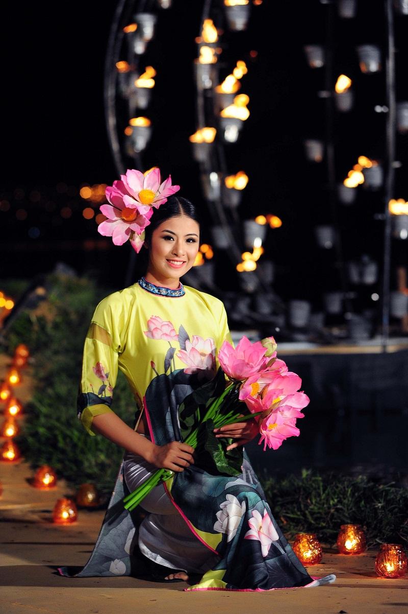 Chiêm ngưỡng những mỹ nhân Việt diện áo dài đẹp tuyệt vời 15