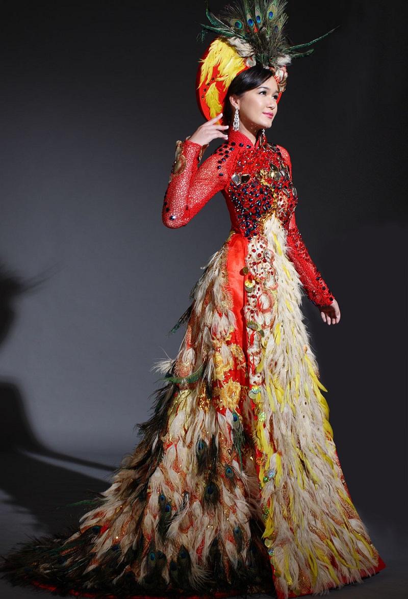 Chiêm ngưỡng những mỹ nhân Việt diện áo dài đẹp tuyệt vời 16