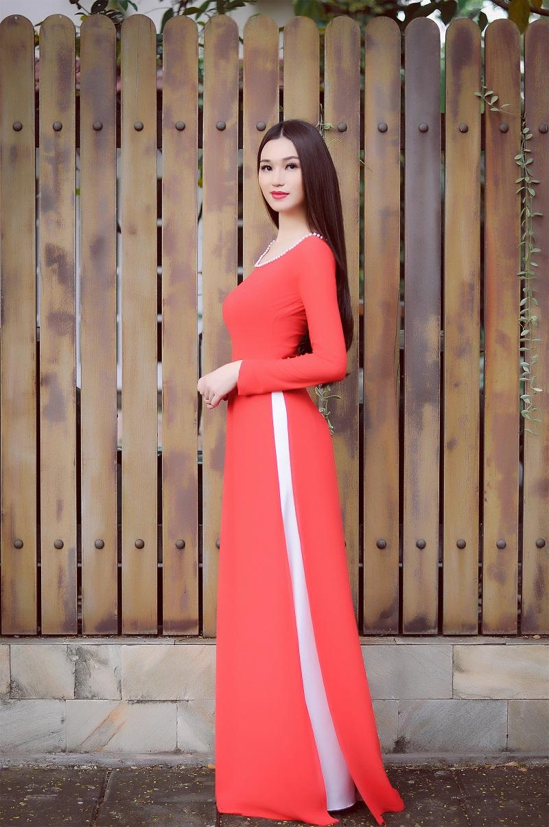 Chiêm ngưỡng những mỹ nhân Việt diện áo dài đẹp tuyệt vời 2