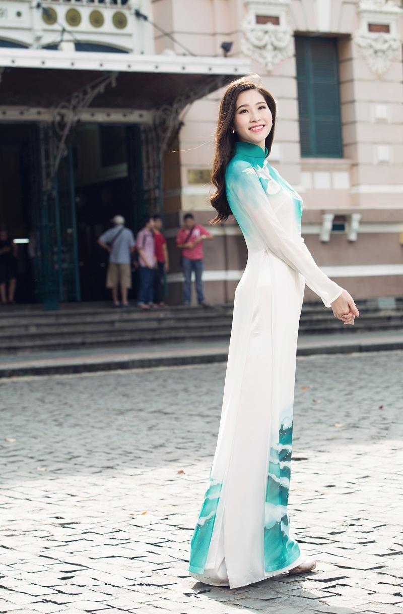 Chiêm ngưỡng những mỹ nhân Việt diện áo dài đẹp tuyệt vời 23