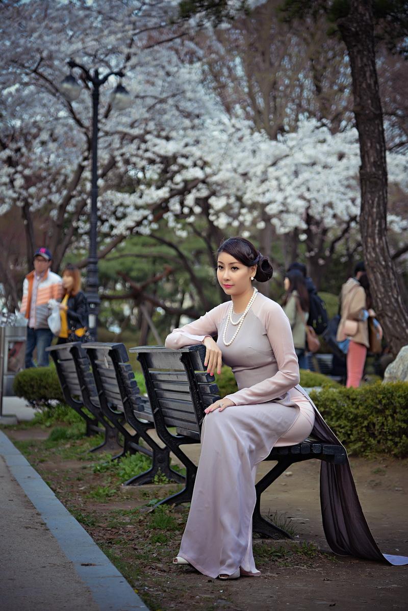 Chiêm ngưỡng những mỹ nhân Việt diện áo dài đẹp tuyệt vời 3