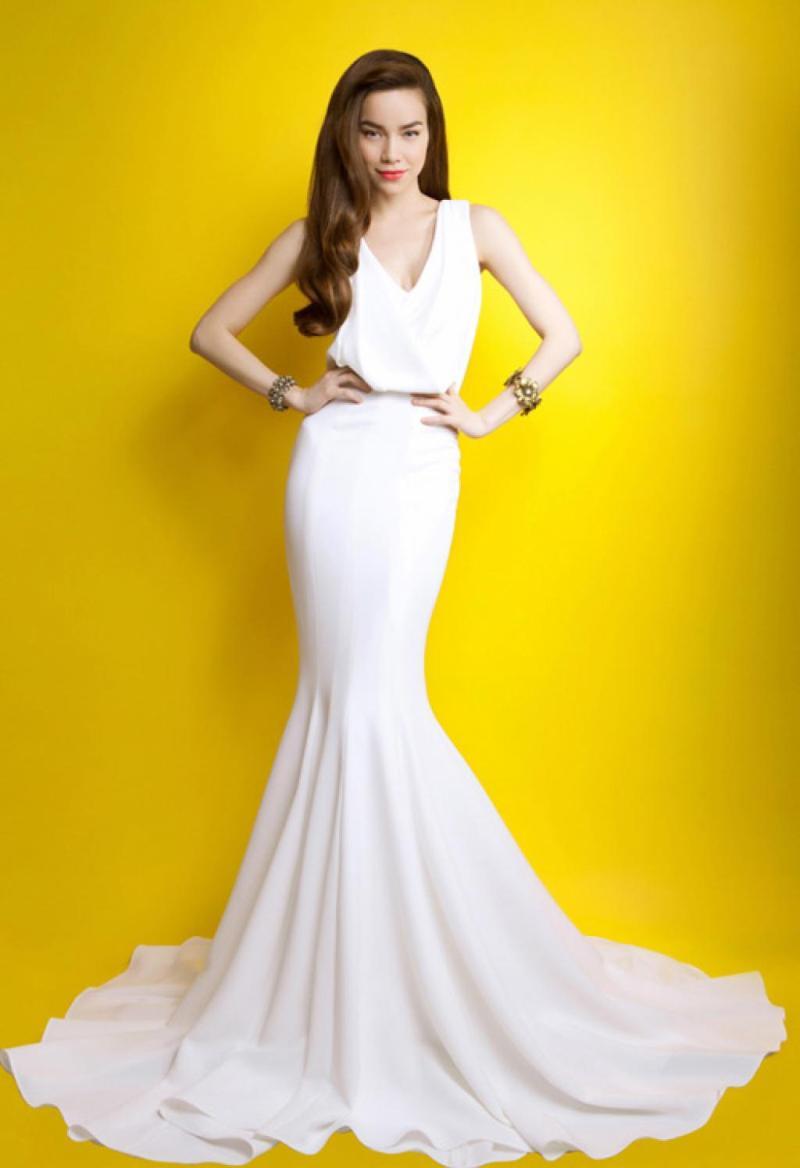 Hồ Ngọc Hà đẹp lộng lẫy với những mẫu váy thiết kế ấn tượng 3