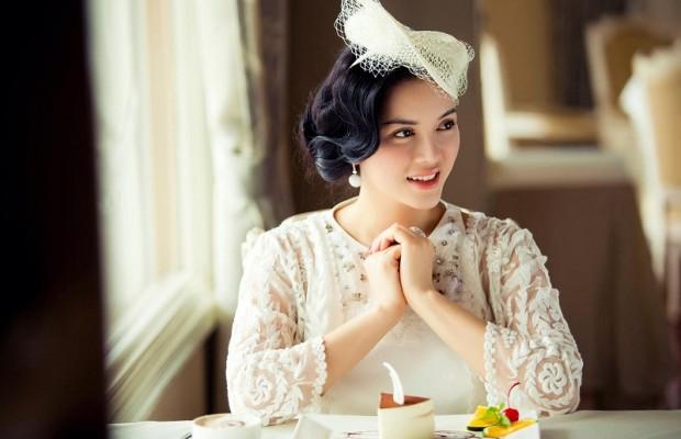 Khám phá những gu thời trang diêm dúa nhất của sao Việt 1