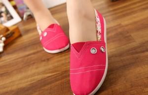 Mốt giày lười cá tính dành cho bạn gái ngày mới năng động