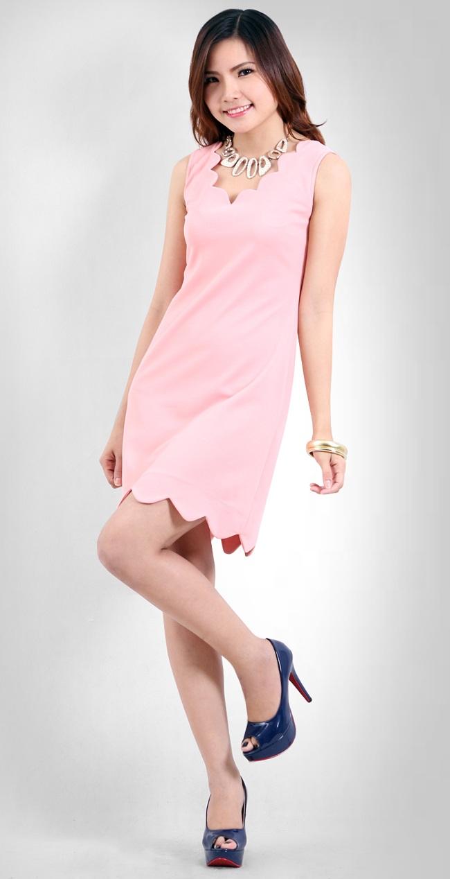 Những mẫu váy áo giúp phụ nữ sau sinh che mất khuyết điểm 2