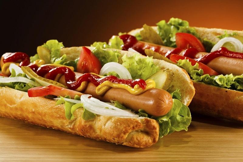 Tại sao bạn không nên ăn nhiều hot dog 8