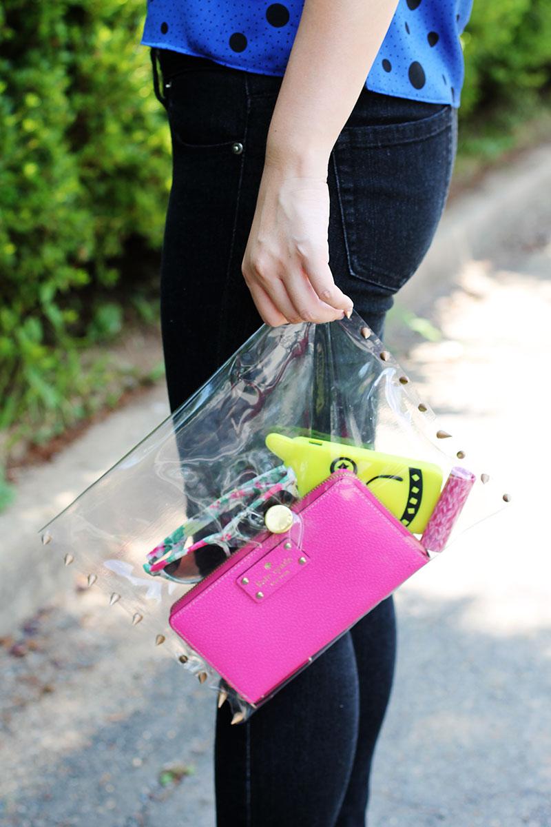 Túi xách nhựa trong và cú lội ngược dòng ngoạn mục 5