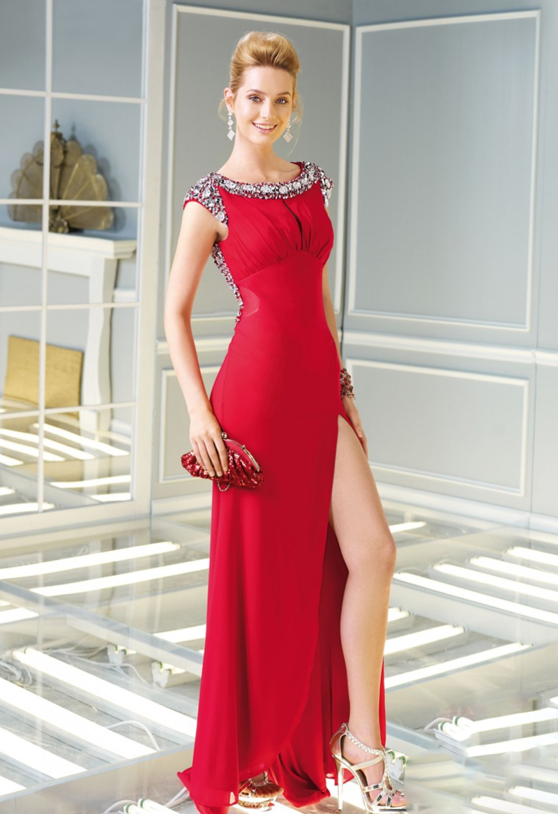 Váy xẻ tà duyên dáng cho cô nàng vẻ đẹp sexy nóng bỏng 5