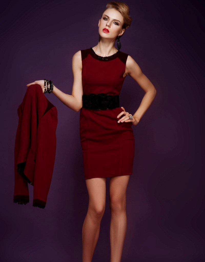 Xu hướng thời trang công sở với gam màu đỏ nổi bật quyến rũ 10