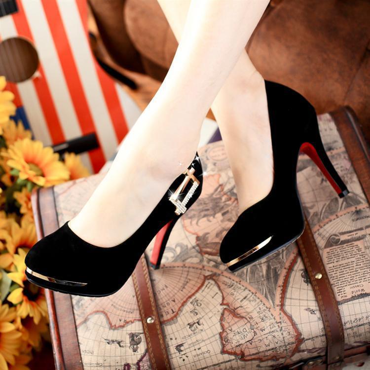 Bạn đã biết cách chọn cho mình đôi giày cao gót hợp thời trang và không đau chân chưa 1