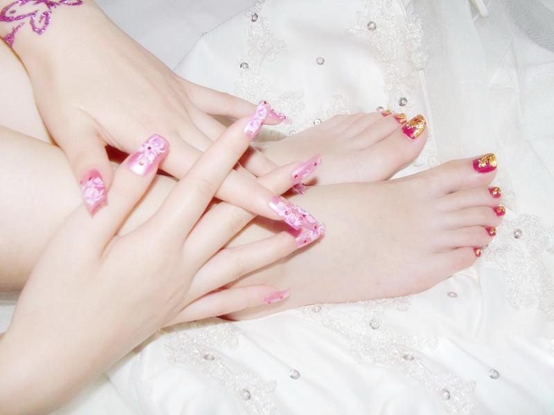 Bí quyết chăm sóc những bộ móng tay giả dành cho phái đẹp 4