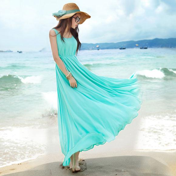 Chọn trang phục cho nàng đi biển thật sự ấn tượng và bắt mắt 2