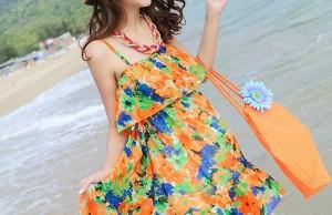 Chọn trang phục cho nàng đi biển thật sự ấn tượng và bắt mắt