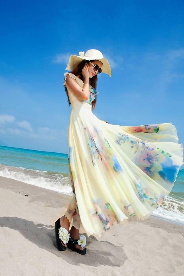 Chọn trang phục cho nàng đi biển thật sự ấn tượng và bắt mắt 8