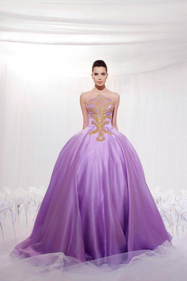 Cô dâu đẹp quyến rũ với váy cưới màu tím 7