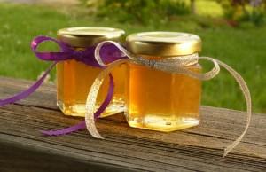 Giúp bạn phân biệt mật ong giả và thật dễ dàng