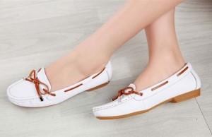 khử mùi hôi cho giày đơn giản và hiệu quả