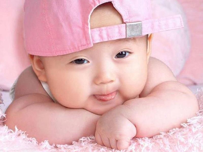 Một vài dấu hiệu để nhận biết bé là đứa trẻ thông minh và năng động khi vừa mới chào đời 6