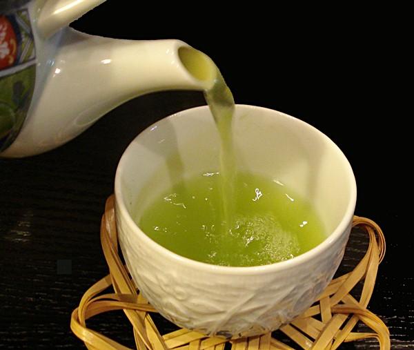 Một vài lưu ý khi uống trà xanh bạn nên biết 3
