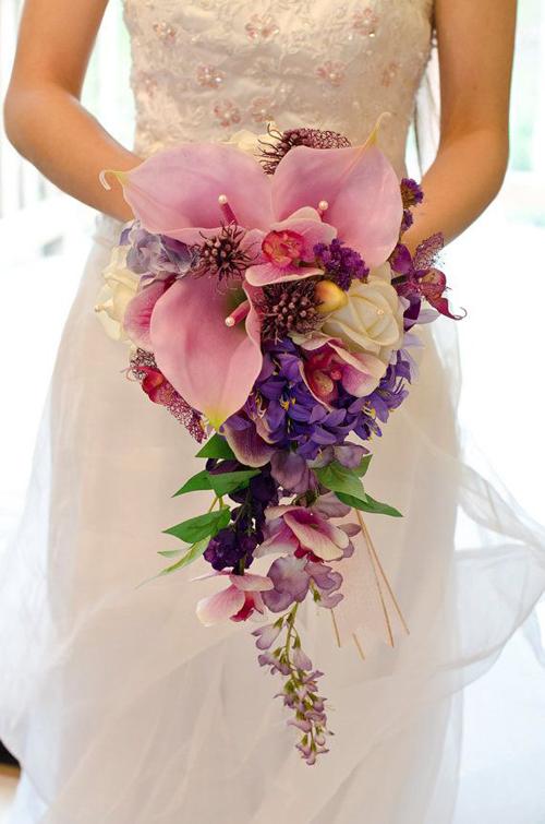 Những mẫu hoa cưới cầm tay đẹp cho cô dâu thêm nổi bật 10
