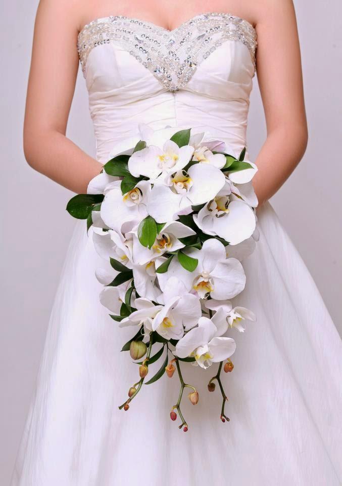 Những mẫu hoa cưới cầm tay đẹp cho cô dâu thêm nổi bật 12