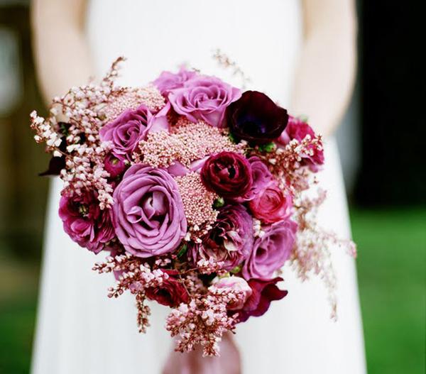 Những mẫu hoa cưới cầm tay đẹp cho cô dâu thêm nổi bật 17