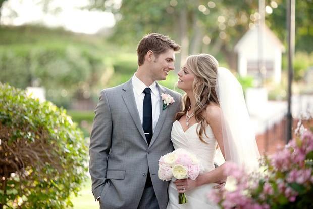 Những mẫu hoa cưới cầm tay đẹp cho cô dâu thêm nổi bật 2