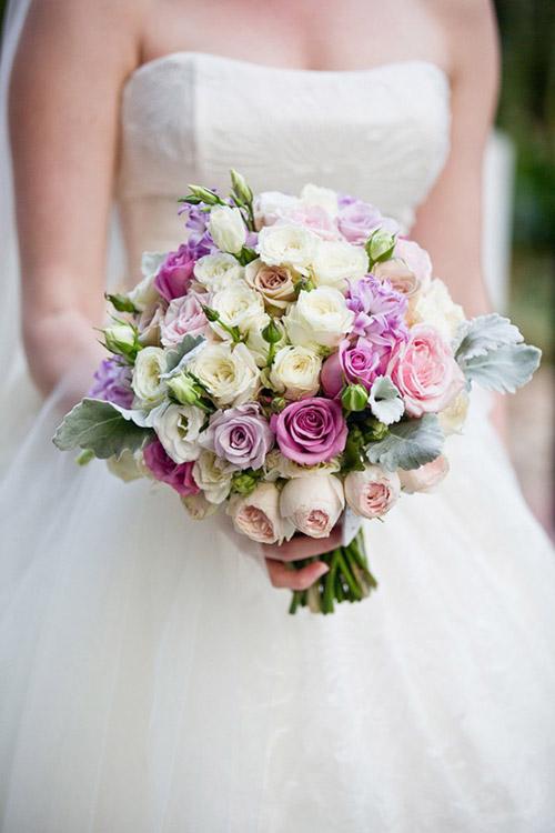 Những mẫu hoa cưới cầm tay đẹp cho cô dâu thêm nổi bật 7