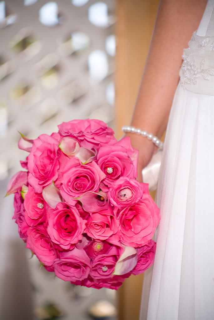 Những mẫu hoa cưới cầm tay đẹp cho cô dâu thêm nổi bật 8