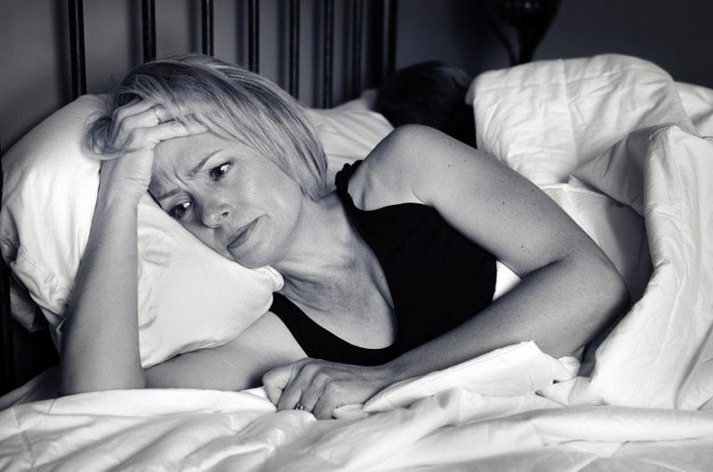 Những thói quen không tốt ảnh hưởng tới giấc ngủ bạn hay dễ mắc phải 1