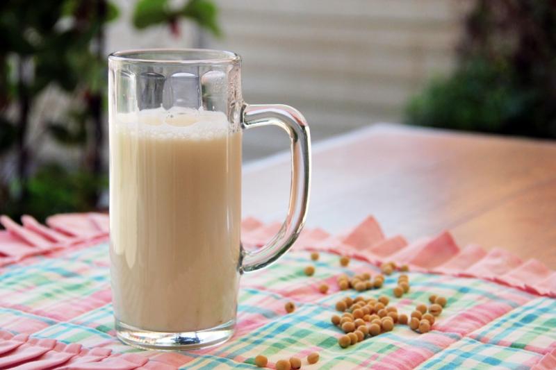 Trắng nõn toàn thân với sữa đậu nành