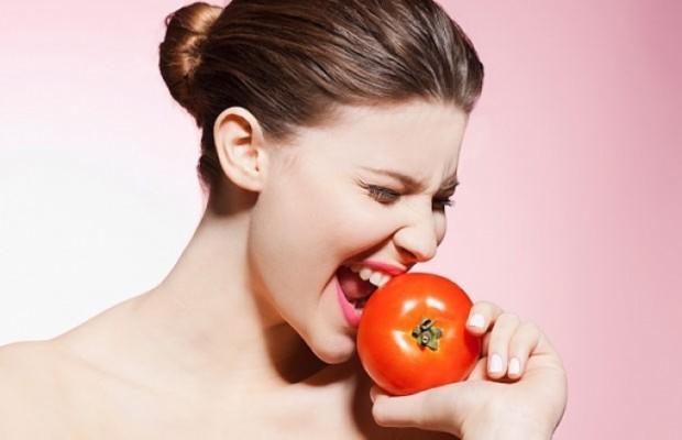 Mẹo trị nám, tàn nhang hiệu quả nhanh chóng nhờ cà chua dành cho phái đẹp