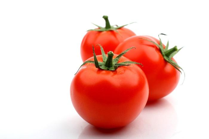 Mẹo trị nám, tàn nhang hiệu quả nhanh chóng nhờ cà chua dành cho phái đẹp 6