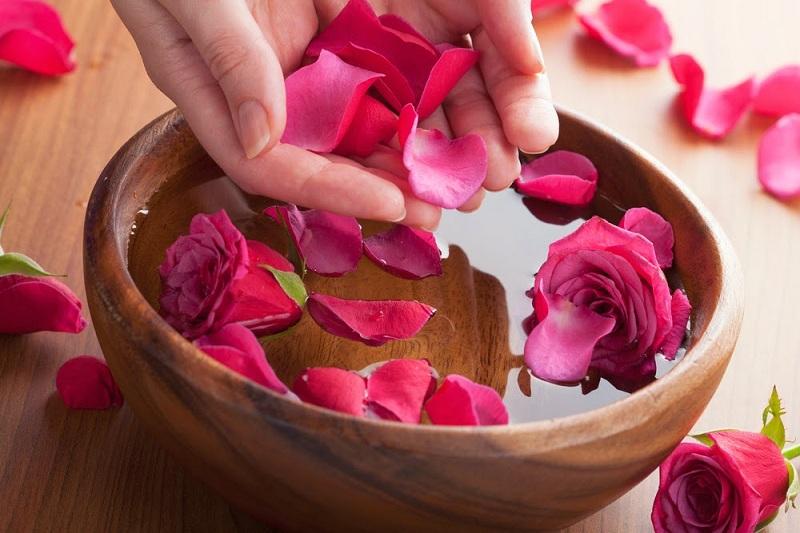 Tổng hợp những bí quyết làm đẹp da tuyệt vời của hoa hồng 2
