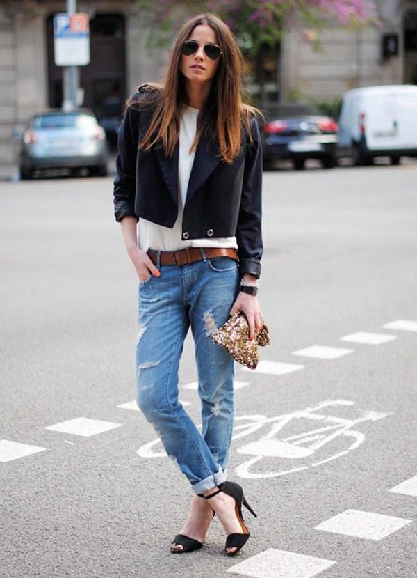 Bạn gái trở nên cá tính năng động với quần jean rách xuống phố 8
