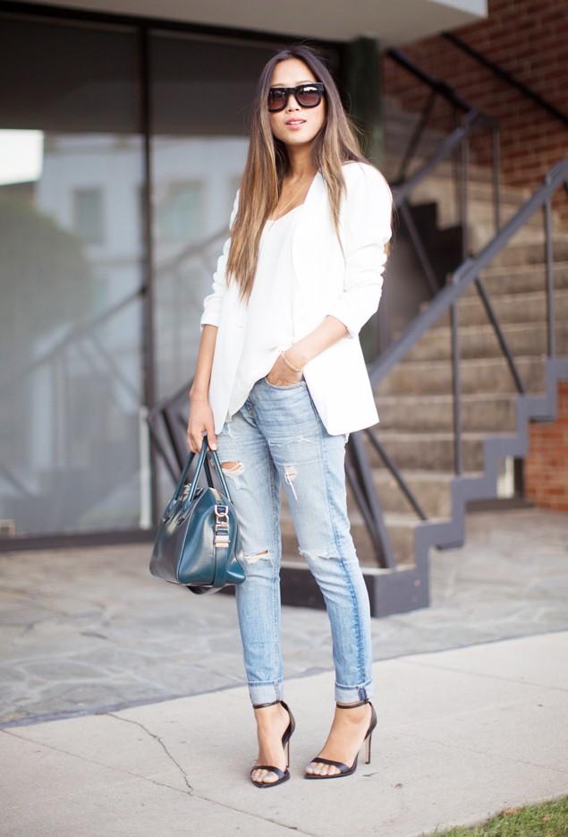 Bạn gái trở nên cá tính năng động với quần jean rách xuống phố 9