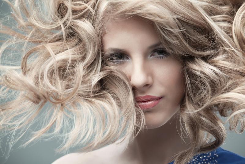 Những nguy hại khôn lường từ việc nhuộm tóc